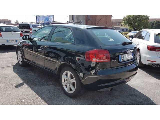 Audi A3 2ª serie 1.6 TDI 105 CV CR Attraction