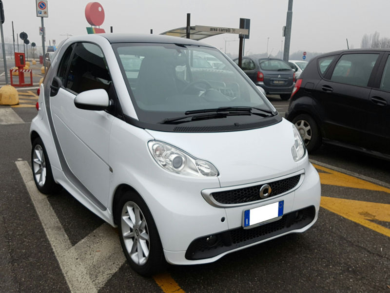 Smart fortwo 2ª serie fortwo 800 40 kW coupé passion cdi